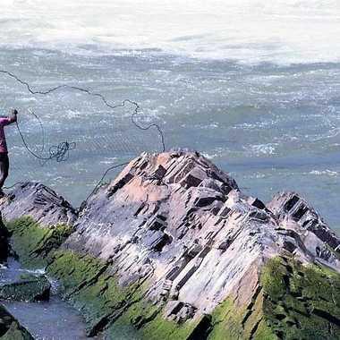 Pêcheur au filet par patrick69220