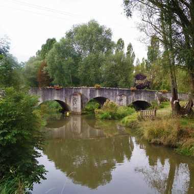 Pont sur l'Euron par Chrichri