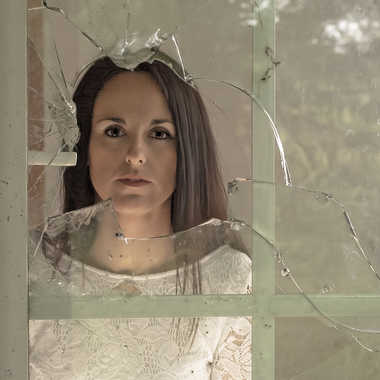La vitre brisée par Yves B