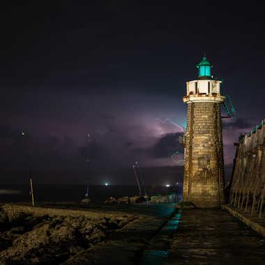 La jetée de Capbreton par temps d'orage par fotofan