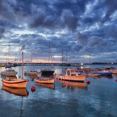 Les bateaux de l'aube 2 par Jeananne