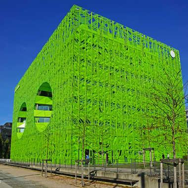 Le cube vert par sunrise