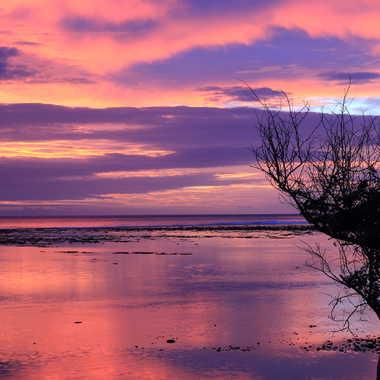Coucher de soleil sur le lagon par AlainRaphael