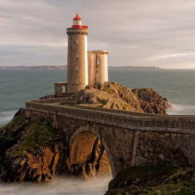Le phare du Minou par leotempo