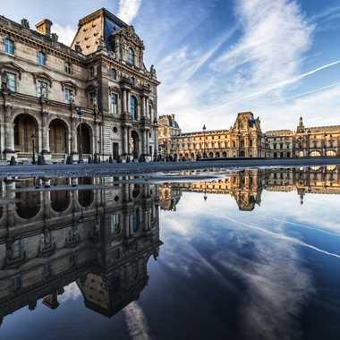 Reflet sur la Place du Carrousel  par Antony85