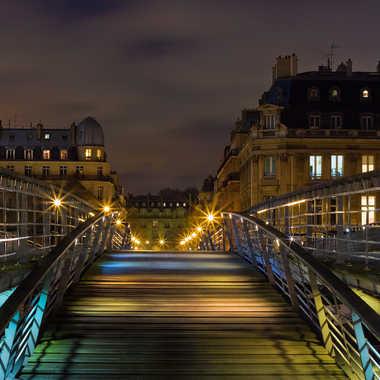 Dessus le pont par Isabellefalconnet