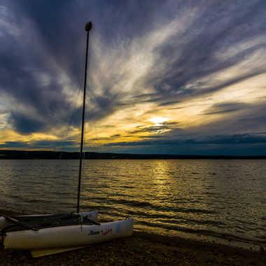 Voilier au bord du lac par Dav.sv
