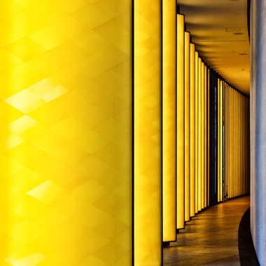 Yellow curve par lyonel