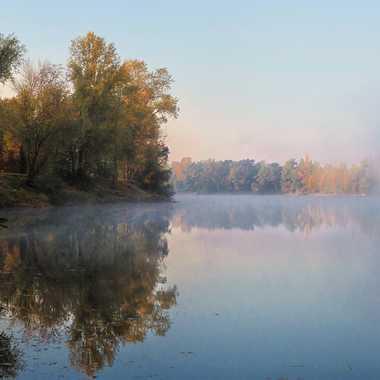 Levé de brume sur l'étang par patrick69220