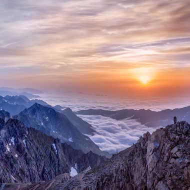 Coucher de Soleil sur le Pic du Midi par Bernard_MZB