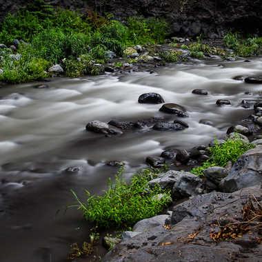 Rivière satinée par photomax974