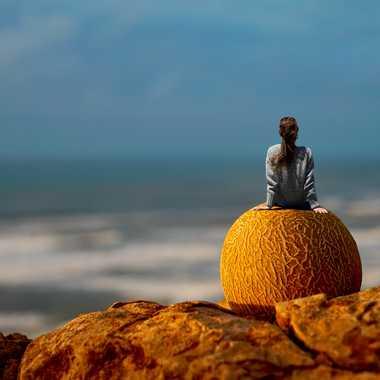 La rêveuse sur sa planète  par Slowdef@gmail.com