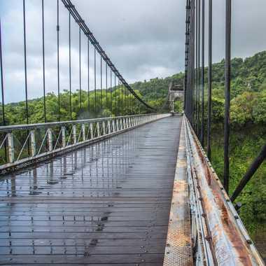 Il pleut sur le pont... par Philipounien