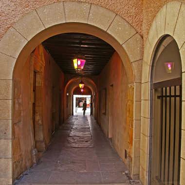 Passage ancienne mairie par sunrise