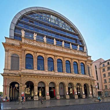 Opéra de Lyon par sunrise