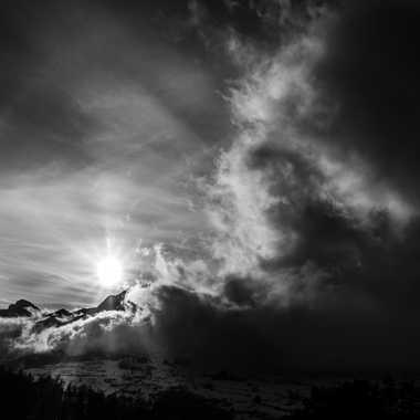 l'Obscurité attaque la lumière par Dav.sv