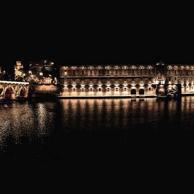 Un soir d'automne à Toulouse. par Joseph1960