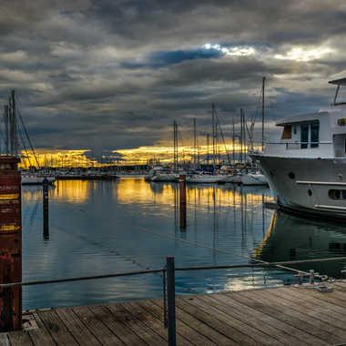Le port, le soir par Jeppesen