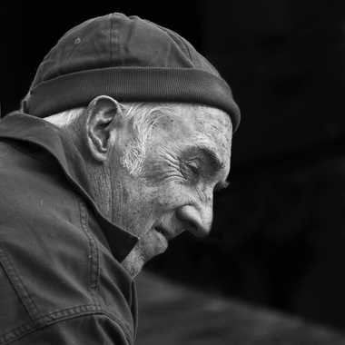 Pensif ... par Nikon78