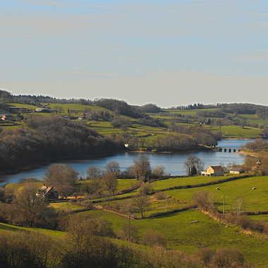 lac du Crescent (Morvan) par luctheo