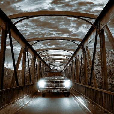 Crepuscule sur le pont par XavR