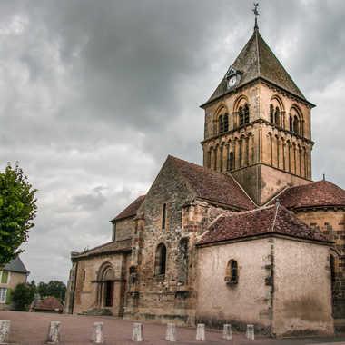 Église romane  par Nath Frank