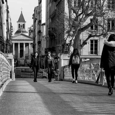 St Pothin depuis la passerelle du collège. par patrick69220
