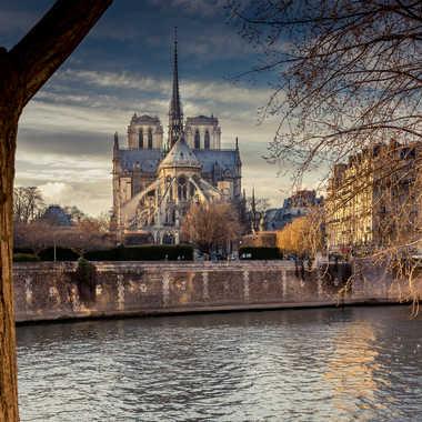 Notre Dame de Paris par lumirique