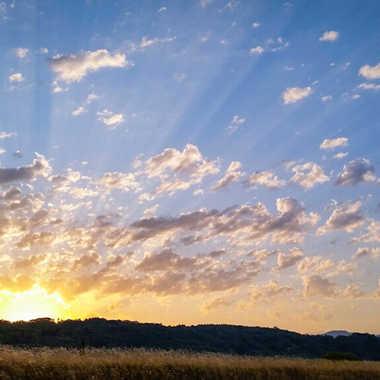 Lever de soleil au dessus de st Denis en Bugey par brj01