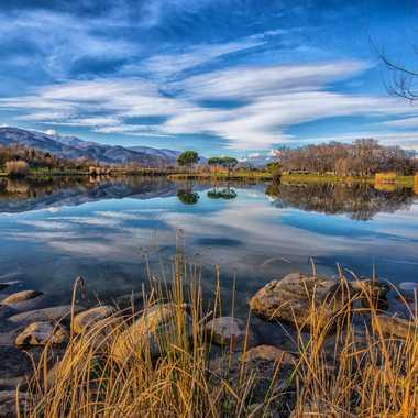 reflets sur le lac par Nath34