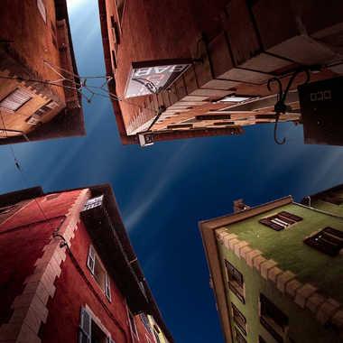 dans les ruelles de Briançon par Jeremy_7517
