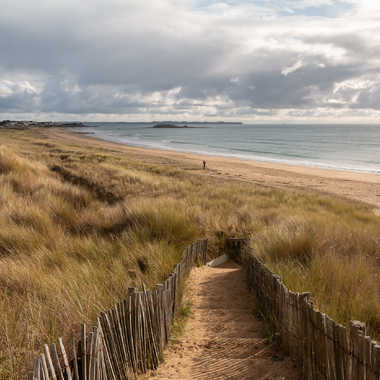 Descente sur la plage par Theodoric