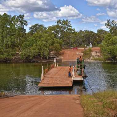 Le ferry du Jardine River par rmgelpi