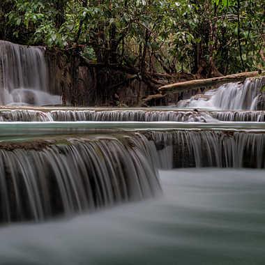 Escaliers de cascades et bassins. par patrick69220