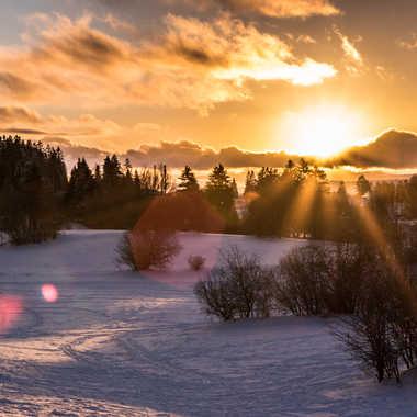 couché de soleil sur neige par bobox25
