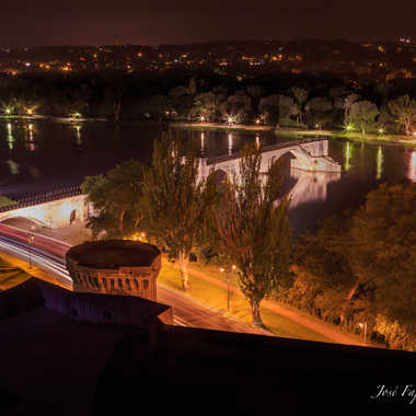 Pont d'Avignon by night par Jose Fajardo