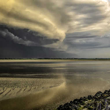 L'orage arrive par Jeananne