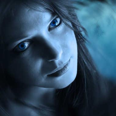 Regard bleu par henry_1017