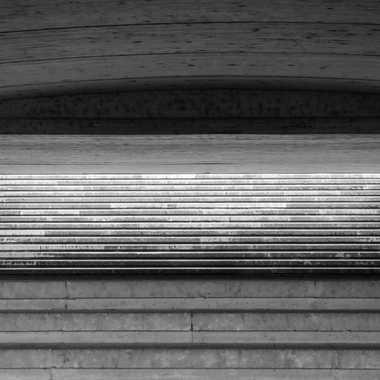 Confusion dans les escaliers par liliplouf
