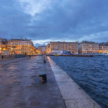 Le vieux port de Marseille par Fioenz