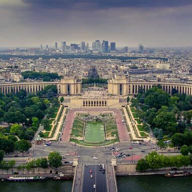 Vue aérienne sur Paris par lumirique