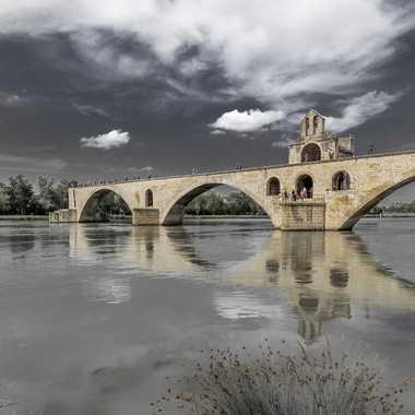Réflexion sous LE pont ...  par FredoRoiDuVelo