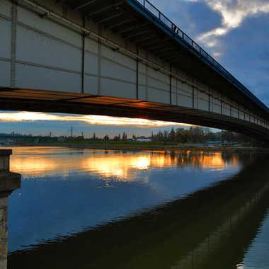 Pont sur le Danube par andalouse