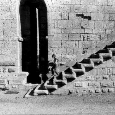 Escalier suspendu par JLHYPhotos