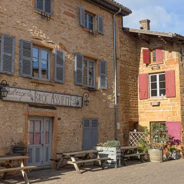 Maisons beaujolaise en pierre s dorées par patrick69220