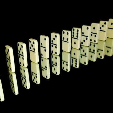 Alignement de dominos par Chrichri