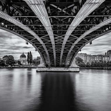 sous les ponts par tycha