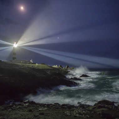 Le phare du Créac'h par Michel06