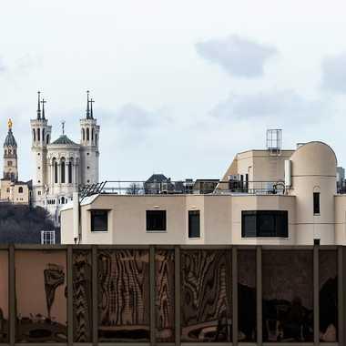 Par dessus les toits lyonnais par patrick69220