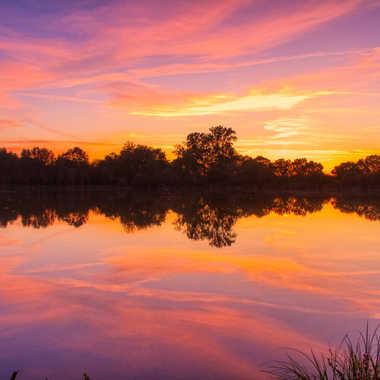 Golden hour sur le lac par Jerome Rabille